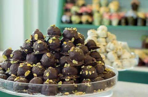 Σοκολατάκια με φιστίκια Αιγίνης