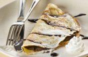 Pancakes με μπανάνα, μέλι και καρύδια